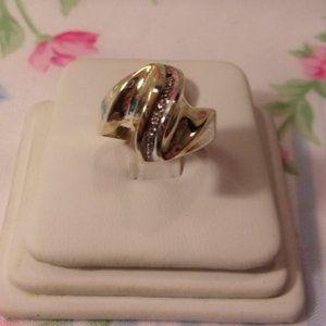 Jewelry - Vintage 10K Gold Way Band Diamond Chip Ring Size 7